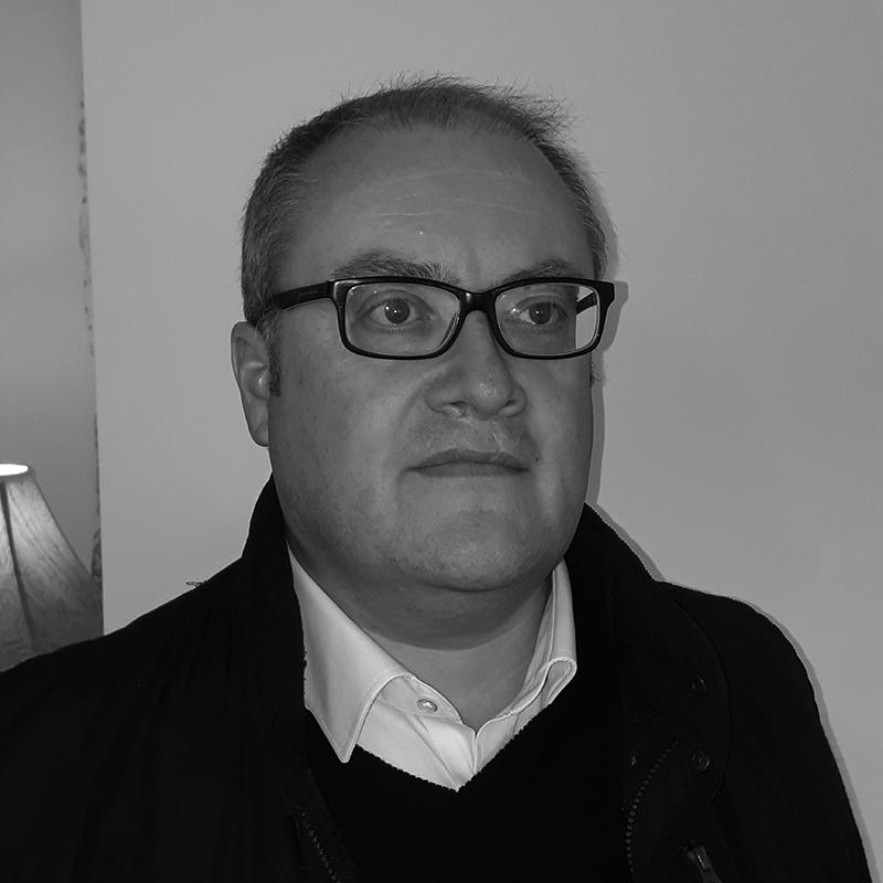 Simon Lawrence